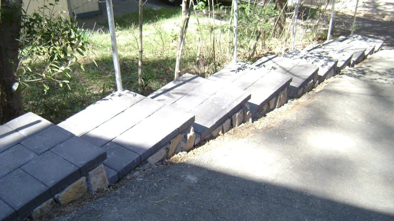 Paver Steps – Building Steps from Zero or Veneer Existing Steps?