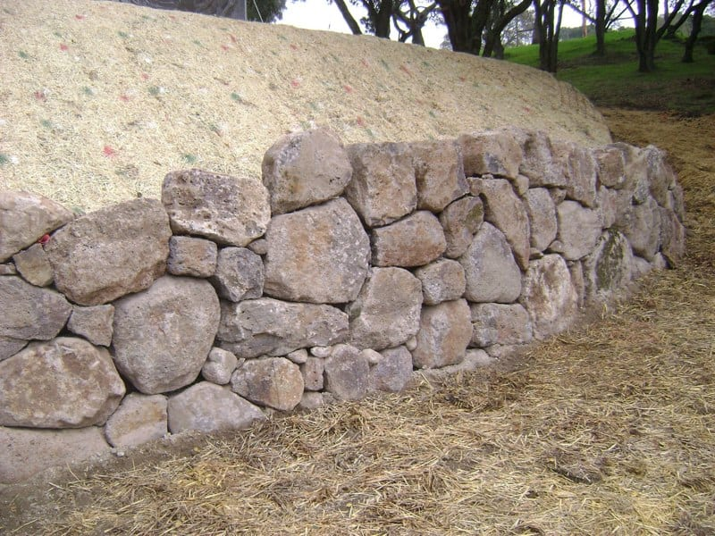 Masonry Work - Retaining Wall - Sonoma
