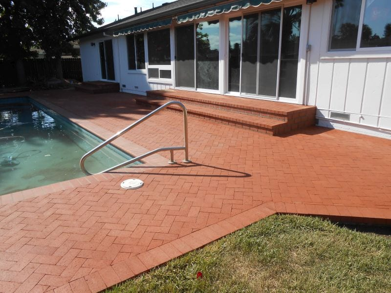 Sonoma California Brick installation for pool decks, steps